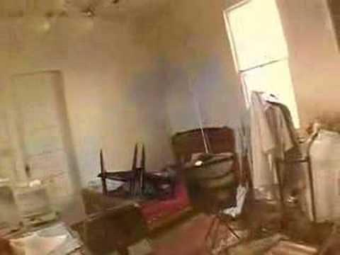 Embedded thumbnail for New Orleans Looting Your Own Home